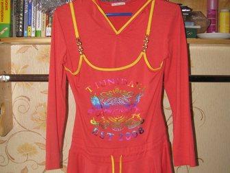 Просмотреть фото Детская одежда Туника нарядная кораловая с капюшоном 35331476 в Новосибирске