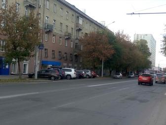 Смотреть изображение Аренда нежилых помещений Сдам в аренду магазин 37505661 в Новосибирске