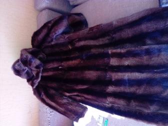 Смотреть изображение  Срочно продам шубу 37546791 в Новосибирске