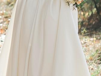 Новое изображение Свадебные платья Продам свадебное платье, Без лишних наворотов, страз и бантиков, 37824883 в Новосибирске