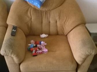 Увидеть foto Отдам даром - приму в дар диван и два кресла -кровати 39609699 в Новосибирске