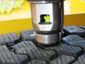 Свежее изображение  Перешиповка зимних шин, Шиномонтаж 68797573 в Новосибирске