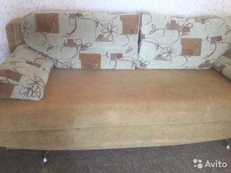 Продам диван , механизм евро-книжка,  Легко раскладывается,  2 больших ящика для белья, Размеры: 200 см на 150 см в Новосибирске