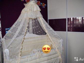 Детская кроватка Моника с универсальным маятником Б/У в ОТЛИЧНОМ СОСТОЯНИИ, В ПОДАРОК «Королевский» комплект в кроватку и матрас - все в идеальном состоянии, Характеристики:• в Новосибирске
