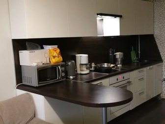 Кухонный гарнитур с бар стойкой, В длину 3150мм в Новосибирске