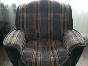 Отличное кресло, все целое,  Самовывоз и самовынос,  Станиславский жм, в Новосибирске