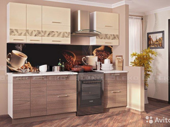 Кухня Гарда модульная (лик) Корпус – ЛДСП (цвет белый), Фасады –МДФ-пленка глянец, верхние шкафы с шикарными стеклянными накладками: верх - ваниль, низ - вяз швейцарский в Новосибирске