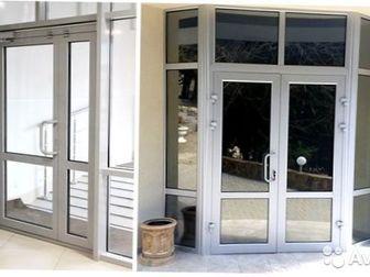 Дверь входная алюминиевая Монтажная глубина: 45 мм / 65 мм Стеклопакет: однокамерный Стекло: да/нет Профиль: теплый/холодный 1135 * 3854 * 4598 doors ********************* в Новосибирске