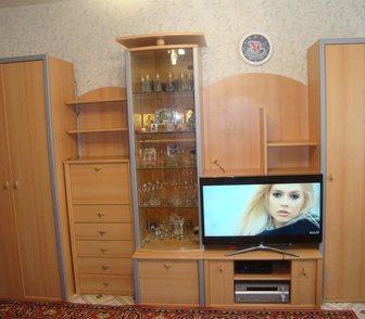 Фотография в Мебель и интерьер Мебель для гостиной Продам стенку, цена: 10000р. – состояние в Новосибирске 10000