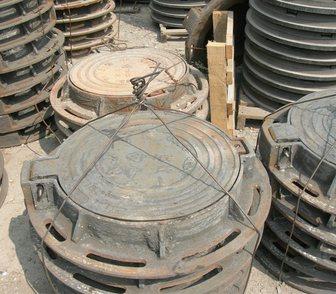 Фото в Строительство и ремонт Строительные материалы Шарнирный люк с запорным устройством устанавливается в Новосибирске 7000