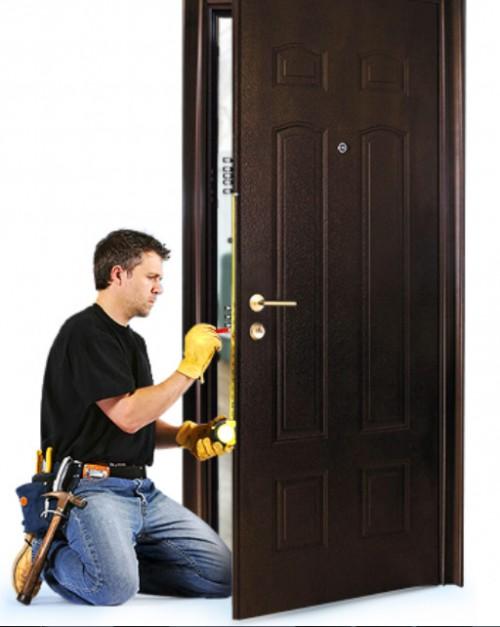 когда ставить входную дверь при ремонте новинок