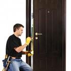 Услуг по установке, монтажу дверей