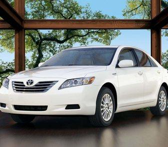 Фотография в Авто Аренда и прокат авто Предлагаю автомобиль Toyota Camry белого в Пензе 0