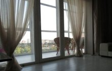 Продам двухкомнатную квартиру Центр / Островского