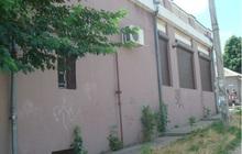 Продаетсяторгово-офисный комплекс 408.7 кв.м. и 6 соток зе