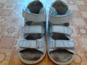 Увидеть фото Детская обувь ортопедические босоножки б/у 32941307 в Ростове-на-Дону