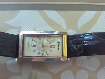 Скачать бесплатно фото Ювелирные изделия и украшения Часы золотые на кожаном ремнеНика 33163874 в Ростове-на-Дону