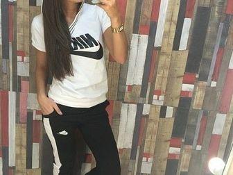 Увидеть фото Женская одежда Спортивный костюм NK с капюшоном белый/черный 36780213 в Ростове-на-Дону