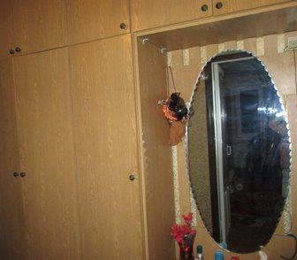 Фотография в Мебель и интерьер Мебель для прихожей Прихожая цвет - орех, высота с антресолями в Ростове-на-Дону 6000