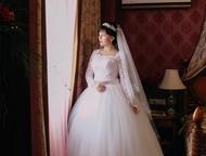Свадебное платье Продам свадебное платье. Размер 46-48 (L) 20. 000р (торг уместе