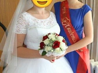 Смотреть изображение  Свадебное платье белого цвета 39426823 в Саратове