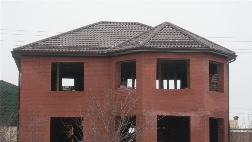 Крыши домов с эркером фото