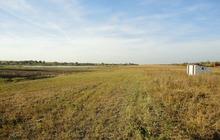 Продам земельный участок с хозпостройкой