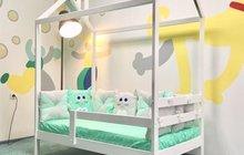 Детская кровать домик сосна