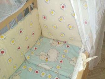 Детская кроватка в отличном состоянии , продается весь комплект (бортики , матрас, балдахин в отличном состоянии ) в подарок доска для пеленания, Состояние: Б/у в Уфе