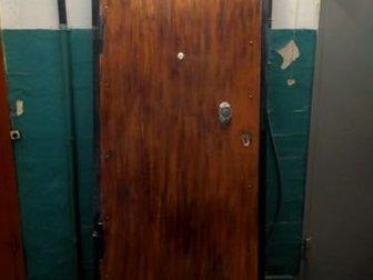 Продам входную дверь металлическую,  Б/у в хорошем состоянии, с коробкой,  Размер 2,20*0,88 м в Волгограде